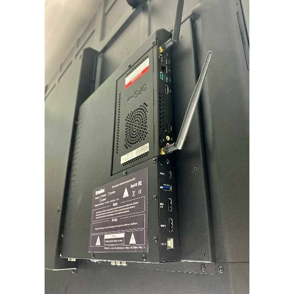 GRATIS 4K videokonferenčna kamera v vrednosti 525€, ob nakupu 65